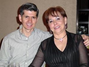 Jaime Méndez Vigatá y Sofía Anaya de Méndez.