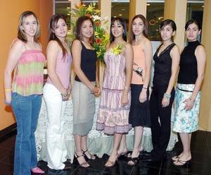 Clara Durán, Liliana de la Torre, Karla Dávila, Jordana Morales, Robin Morales, Alejandra González Contreras y Mónica Haces Gil