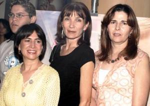 Leticia Garza, Cristy Allegre y Coquis Salazar.