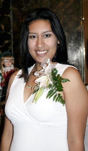 Con motivo de su próxima boda, Nuria Patricia Nájera fue festejada con un convivio.