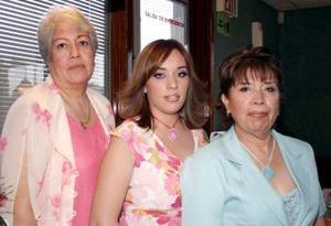 Por su cercano enlace matrimonial, le organizaron una fiesta de despedida a la Srita. Ana Lynn Villa Salcido, las organizadoras fueron la señora Lidya Venegas y Socorro Salcido