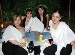 Lety Ibarra, Pamela Rodríguez, Mariana Castillo y Carmen de la Barrera