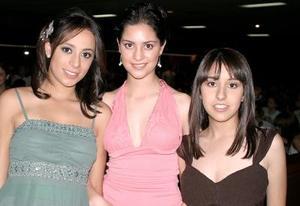 Sofía Escalante, Marisol Papadópulos y Ale Fernández.