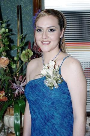 Abril Rivas Morales fue despedida de su soltería.