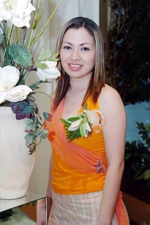 26 de abril  Meyssi Romero Magallanes captada en su primera despedida de soltera.