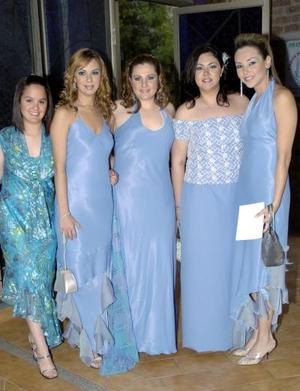 <b>28 de abril </b><p> Sandra Martínez, Lety de la Peña, Alicia Acosta, Katrin Kort y Liliana Torres.