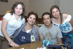Fernanda Lombardia, Analys Martínez, Aldo Condit y Anilú Franco.
