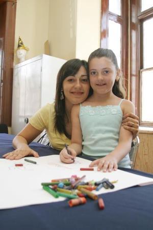 Sofía Chamán Cuerda y su mamá