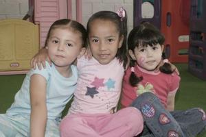 Ashley Marshall, Sofía Rodríguez y Angie Mendoza
