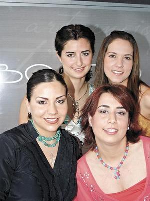 <I>ARTE DE JOYAS</I><P>Maria Madero, Paulina Delgado, Isabel Herrera y Maria Matilde Campa