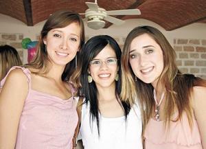 Olivia Ramos, Roberta Cárdenas y Mariana Fernández