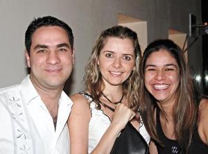 Rafael Ayala, Ana Rodríguez y Marcela Ibarra