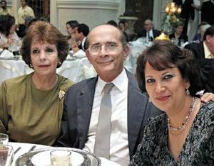 Lourdes H. de Fajer, Rodolfo González Treviño y Margarita H. de González Treviño