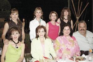 Familiares de la región y de Cuernavaca de los novios