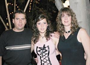 Ernesto Quintero Pámanes, Ana Laura Quintero Cárdenas y Laura Cárdenas de Quintero