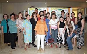 Grupo de personas quienes estuvieron presentes en este evento