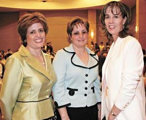 Mila Tricio de Jaidar, Rosy Tricio de Gómez y Ma. Ángeles Tricio de Estrada