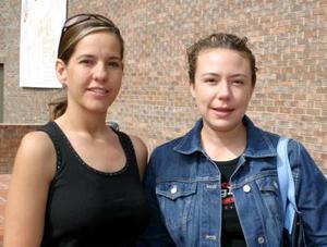 Alejandra Aguilera y Laura Treviño.