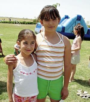 Ana Paula Lechuga y Ana Sofía Arce..