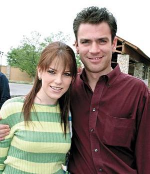 Ana Villy Estrada y Alejandro Villerreal.