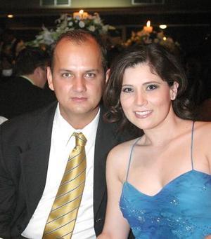 Juan  de la Torre y Vanesa Loera.