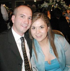 Manuel Barrag÷an y Nayeli Félix