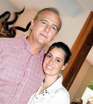 Carlos Román Cepeda y su hija Ana Cepeda López.