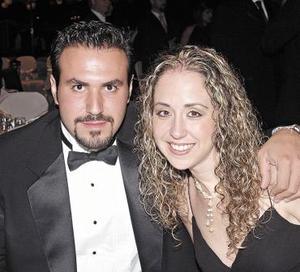 Mario Villanueva y Mary Nelly Fernández.
