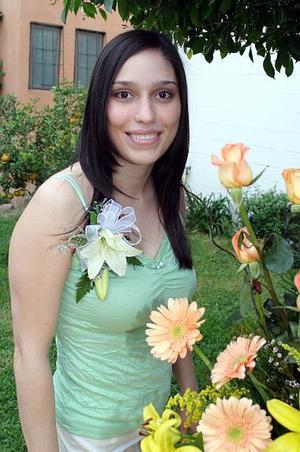 Brenda Avilés Valdez en su despedida de soltera.