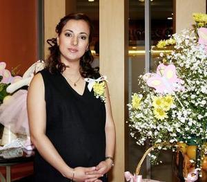 <b>04 de mayo </b> Rocío Vázquez de Gamboa.