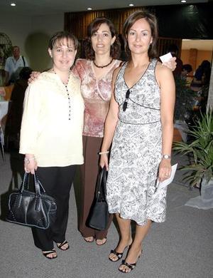 Mirna Mafud, Yolanda Gómez y Laura de Córdoba