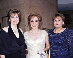 Susana Estens de Villarreal, Osila Villarreal de Vargas e Ivonne Leija De la Garza.