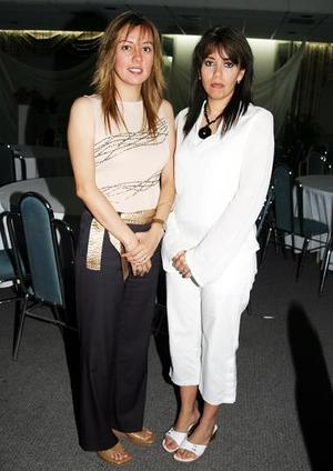 <b>05 de mayo </b> Viridiana Ávalos de Campa y Lily Ávalos de Nogueira
