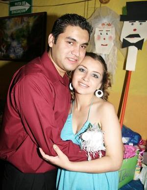 Héctor Javier Favela Quintero y Lucía Vázquez Ponce contraerán matrimonio el próximo sábado siete de mayo.