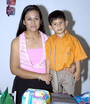 Carlos Alberto Moreira Muñoz fue festejado por su cuarto cumpleaños.