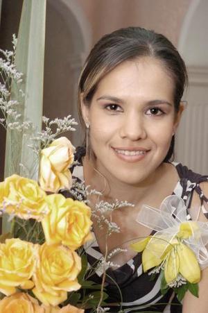 Alejandra Pérez en su despedida de soltera