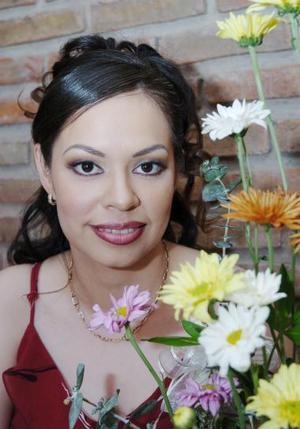 <b>06 de mayo </b><p> Socorro Durán Berumen en su despedida de soltera.