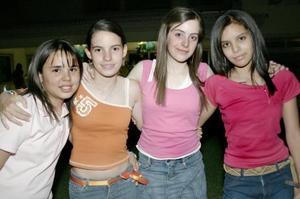 Marcela, Lucía, Ale y Sofía