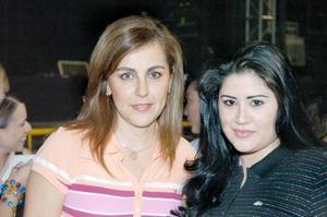 Angélica Espinoza y Vilma Herrera.