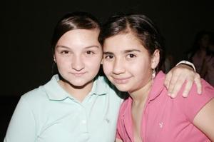 <b>06 de mayo </b> Ana Cecy Zugasti y Cristy Baca.
