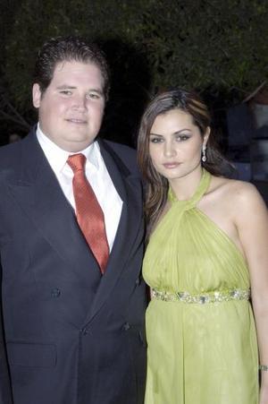 <b>06 de mayo </b> Jorge Dávila y María Dabdoub
