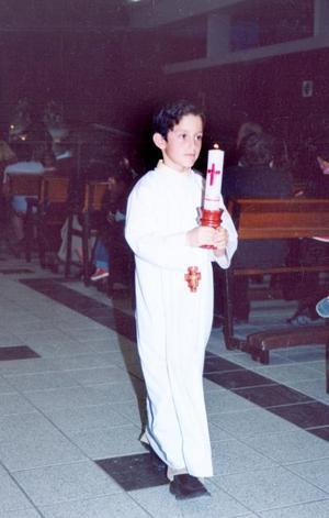 Diego Alejandro Rosas, en pasada ceremonia religiosa, él es hijo de Ricardo Ledesma y Adriana Rosas.