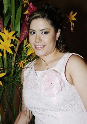 <b>07 de mayo </b><p> Angelina Rodríguez de Quezada contraerpa matrimonio con Alberto Silveyra Faya.