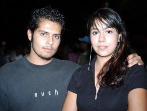 <b>07 de mayo </b> Víctor Escobedo y Alondra Muñoz