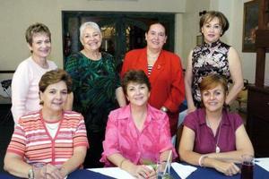 <b>07 de mayo </b> <p> Susy de Jalife, Celia de Iriarte, Ana Isabel de Mexsen, Tere de Martínez, Violeta de Lassala, Magaly Gómez y Lucía de Gorostiaga