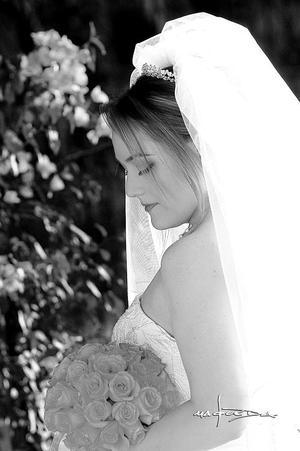 Srita. Jéssica Robles Aznar, el día de su enlace matrimonial con el Sr. Rafael González Díaz.