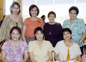 Silvia Rincón, Queta Valdés de García, Mercedes Salmón, Consuelo Salmón, Carmen Salmón, Nena Valdés de Gibson y Lupita Salmón.
