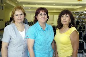 Ángeles de Martínez, Chacha de Luna y Sonia de Vargas