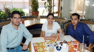 Saúl Solís, Elizabeth Sánchez y Édgar Montoya.