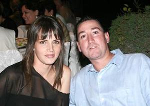 <b>08 de mayo </b><p>  Sofía Aguirre y Sergio Treviño.